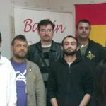 Iu recoge firmas en Bailén en defensa del pequeño comercio
