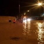 La fuerte lluvia y el viento deja calles inundadas y zonas sin luz en Bailén