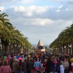 El Portazgo rememora sus mejores años de Carnaval gracias al Pasacalles del martes
