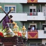 Las costaleras y Nuestro Padre Jesús, protagonistas de la cofradía nazarena