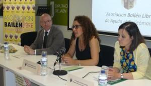 Eufrasio Pérez, Aurora Arboledas y Pilar López en el momento de la inauguración de las jornadas.