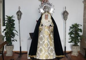 Nueva vestidura de Ntra. Sra. de los Dolores.