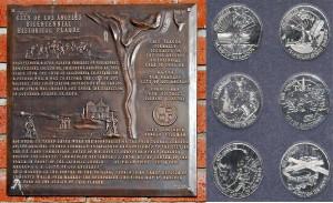 Placa y Monedas conmemorativas del Bicentenario