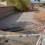 El equipo de gobierno revela que no puede restituir la tapia de Paquita Torres por ser de propiedad privada