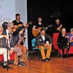 """""""Los de Juan en Medio"""" emparejan a los abuelos en su ensayo general"""