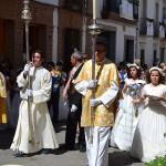 Los niños de comunión, protagonistas en la procesión del Corpus Christi