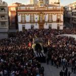 Miles de bailenenses presencian el Saludo entre Jesús y su madre