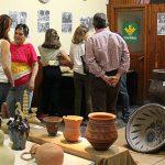 El IEB abre boca ante Ceramiba con una exposición sobre cerámica local